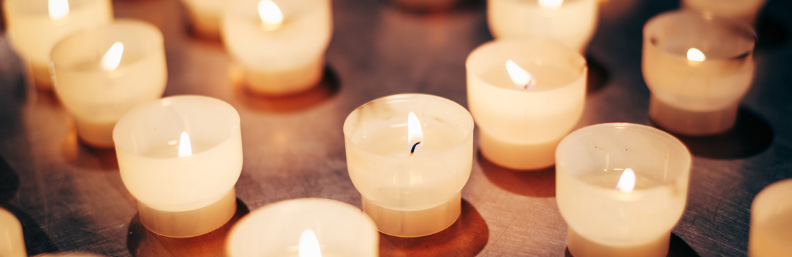 pearson-funeral-service-candles